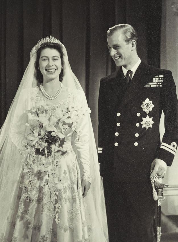 Sự thật ít được biết đến về cuộc hôn nhân 74 năm của Nữ hoàng Anh: Đã từng bị cha mẹ phản đối, hạnh phúc viên mãn ở độ tuổi xưa nay hiếm - Ảnh 1.