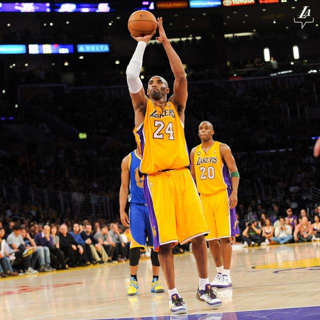 Nghẹn ngào trước tâm thư Hall of Fame của vợ Kobe Bryant: Nếu có kiếp khác em vẫn sẽ yêu anh - Ảnh 4.
