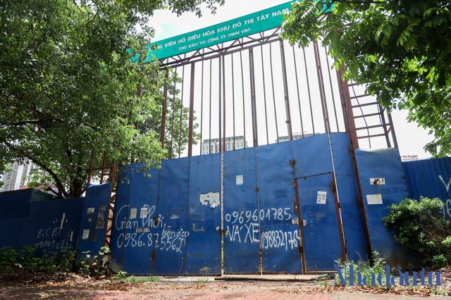 Hà Nội: Đất dự án công viên hồ điều hoà 1.600 tỷ đồng hóa sân bóng, bãi đỗ xe - Ảnh 4.