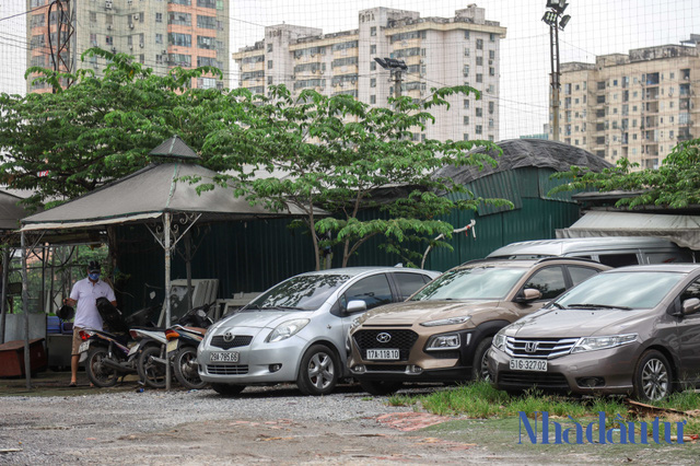 Hà Nội: Đất dự án công viên hồ điều hoà 1.600 tỷ đồng hóa sân bóng, bãi đỗ xe - Ảnh 7.