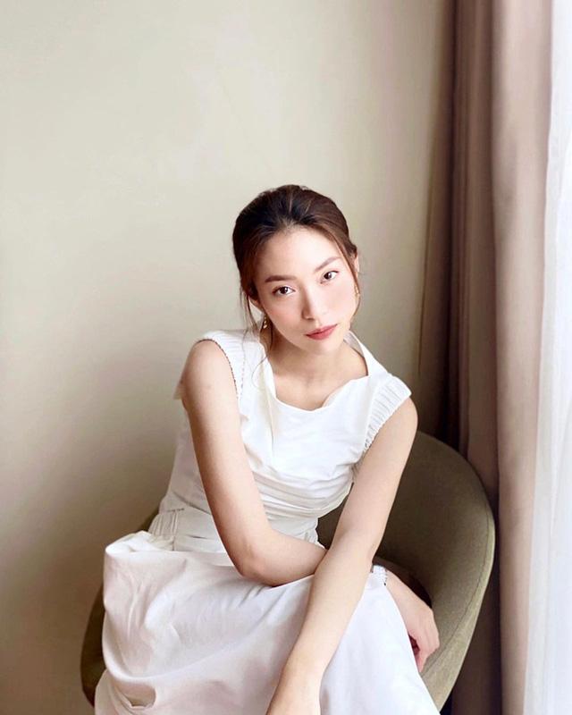 Profile siêu khủng của Khánh Vy: Ngoại ngữ đỉnh, học giỏi, giữ nhiều kỷ lục MC... và vô số thành tích đáng nể khác  - Ảnh 2.