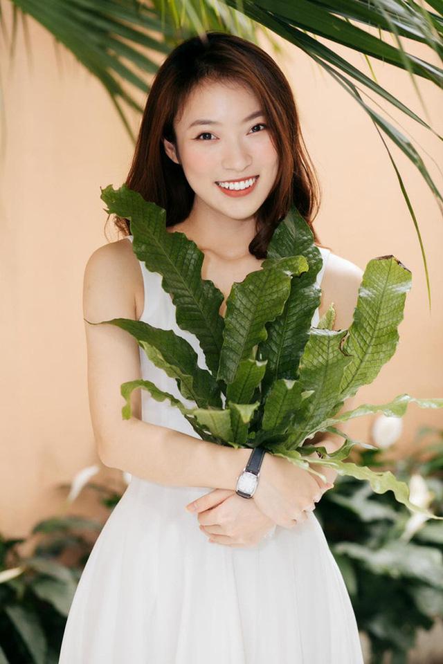 Profile siêu khủng của Khánh Vy: Ngoại ngữ đỉnh, học giỏi, giữ nhiều kỷ lục MC... và vô số thành tích đáng nể khác  - Ảnh 7.